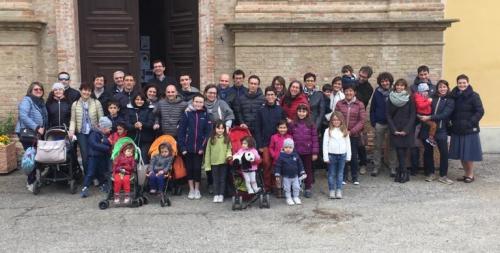 Aprile 2019. Gruppi Famiglie a Castiglione Tinella.